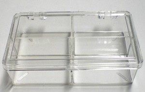 COMPARTMENTED BOX CLEAR 4 compartments